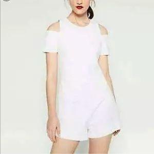 Zara Romper SZ L Cold SHoulder White Short Sleeve